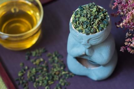Eastern turquoise Ti Kuan Yin tea