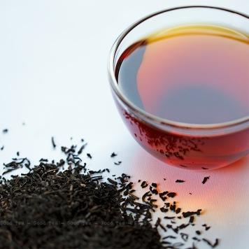 Good-Tea_Li-Zhi-Hong-Cha_56B9096_b-800x800